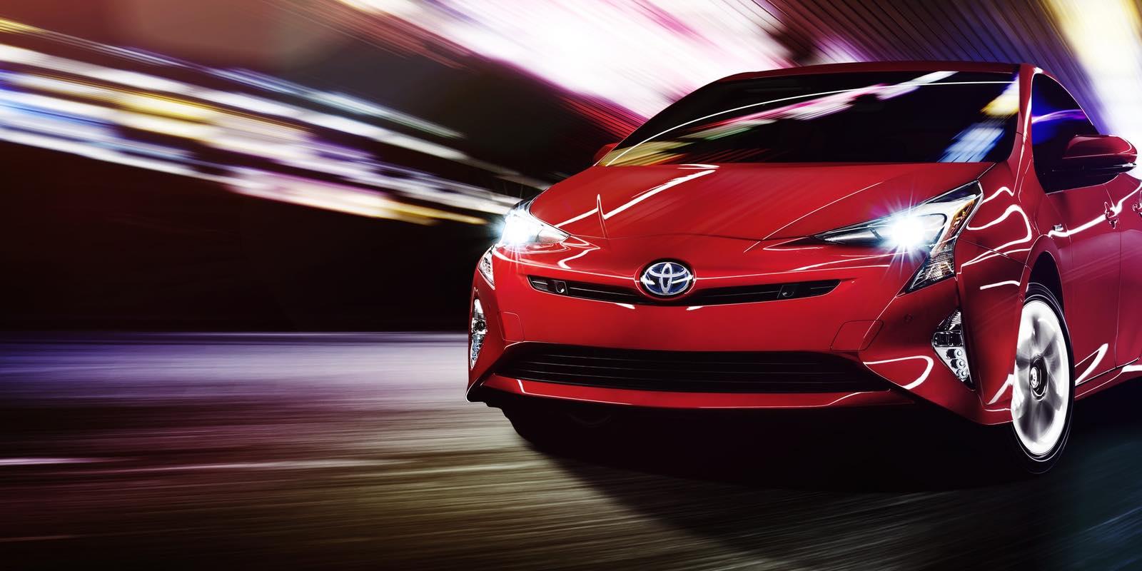 2016_Toyota_Prius_main-e1448540756189